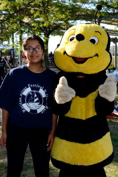 Buzz and a Volunteer